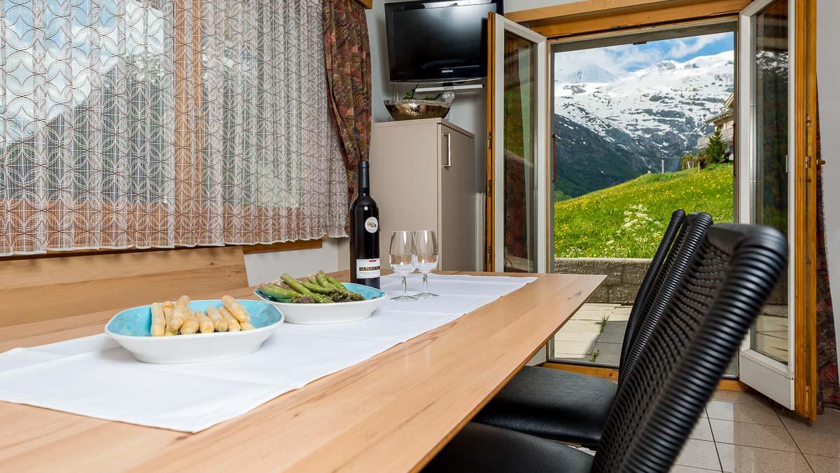 luxus ferienwohnung mit südterrasse in saas fee mieten, Innenarchitektur ideen